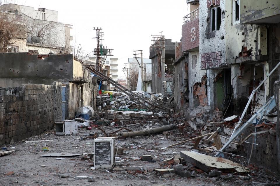 Cizre'de PKK'nın inlerine operasyon 23