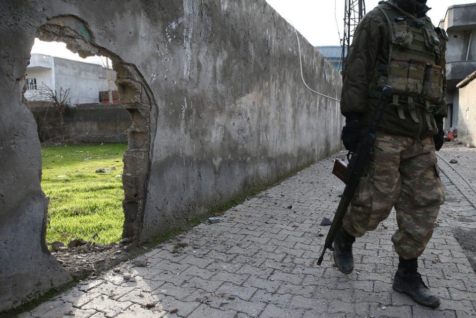 Cizre'de PKK'nın inlerine operasyon 26
