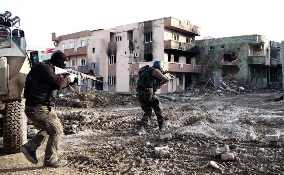 Cizre'de PKK'nın inlerine operasyon 3