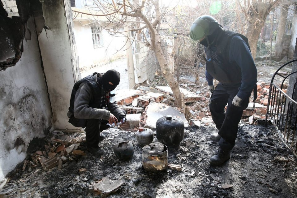 Cizre'de PKK'nın inlerine operasyon 30