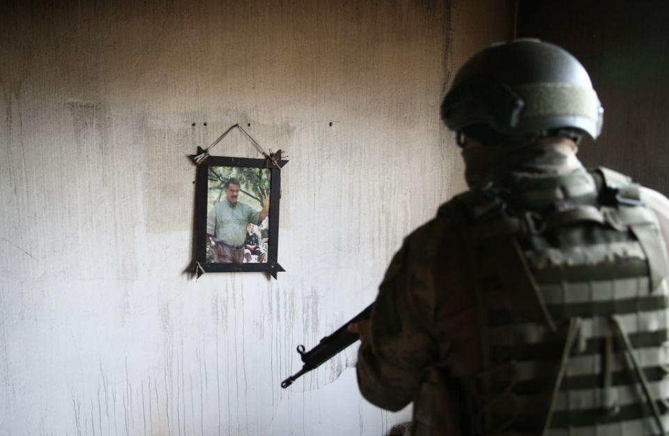 Cizre'de PKK'nın inlerine operasyon 35