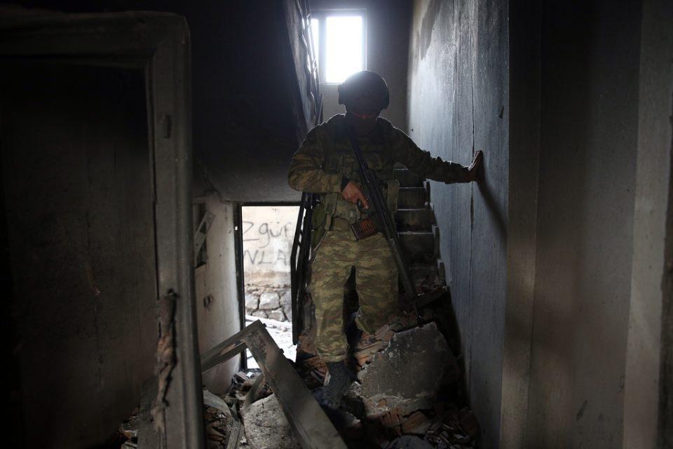 Cizre'de PKK'nın inlerine operasyon 38