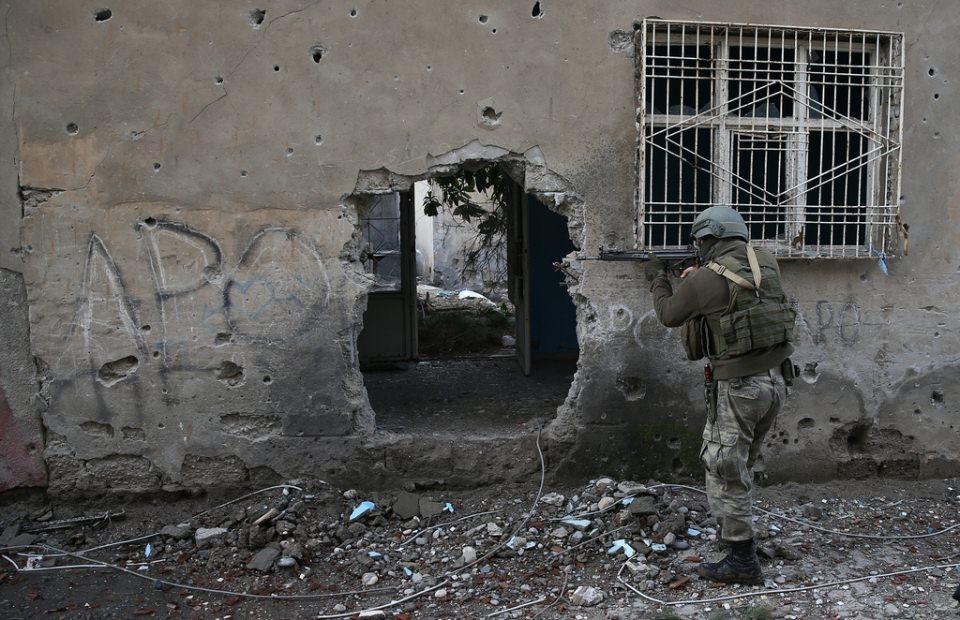 Cizre'de PKK'nın inlerine operasyon 39