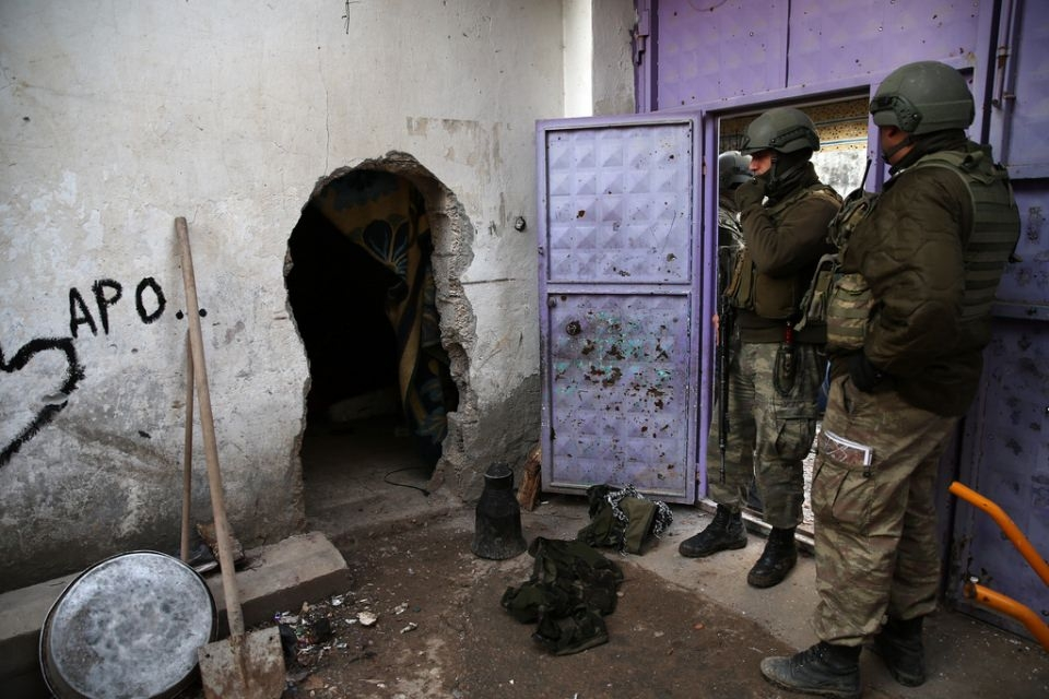 Cizre'de PKK'nın inlerine operasyon 47