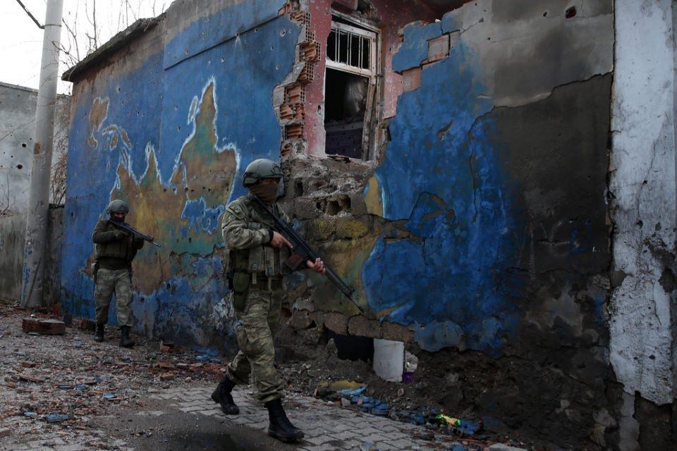 Cizre'de PKK'nın inlerine operasyon 59