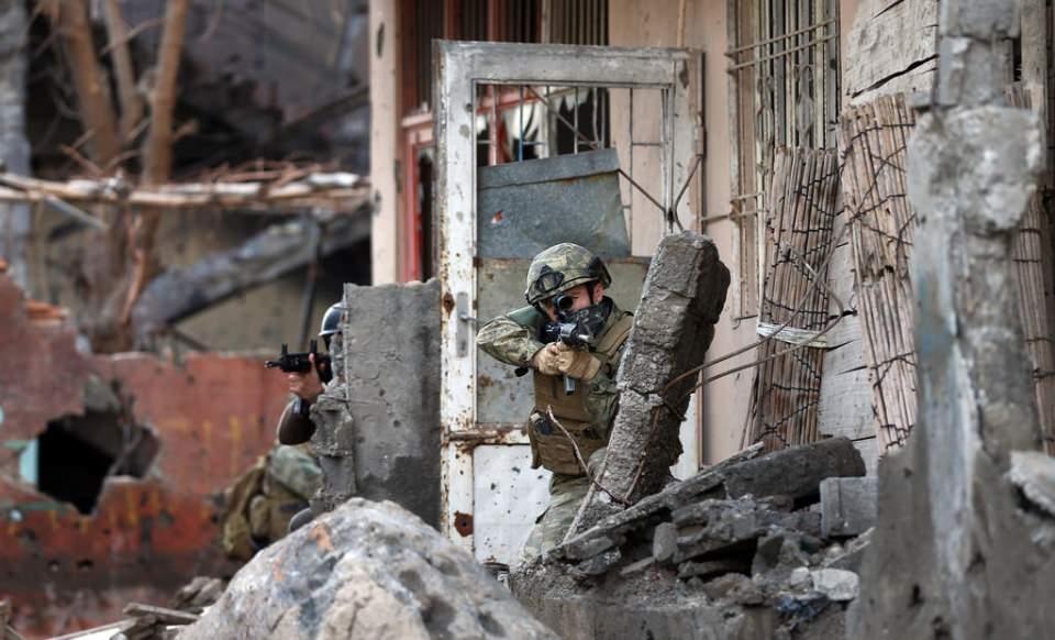 Cizre'de PKK'nın inlerine operasyon 6
