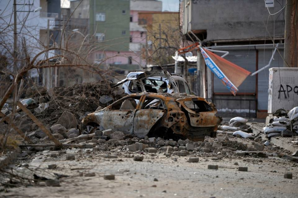 Cizre'de PKK'nın inlerine operasyon 69