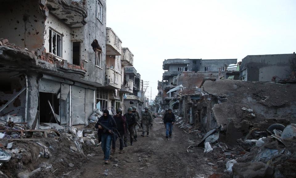 Cizre'de PKK'nın inlerine operasyon 83