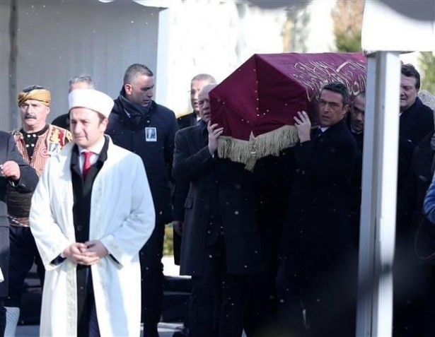 Mustafa Koç'a veda günü 25