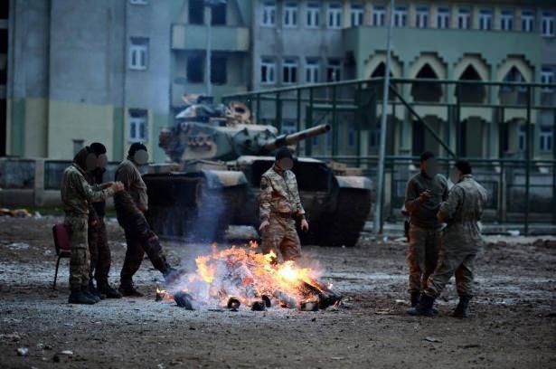 Asker ve polisten karış karış tarama! 14