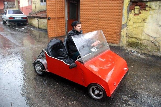 Liseli genç, güneş enerjisili otomobil yaptı 2