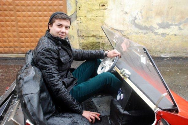 Liseli genç, güneş enerjisili otomobil yaptı 3