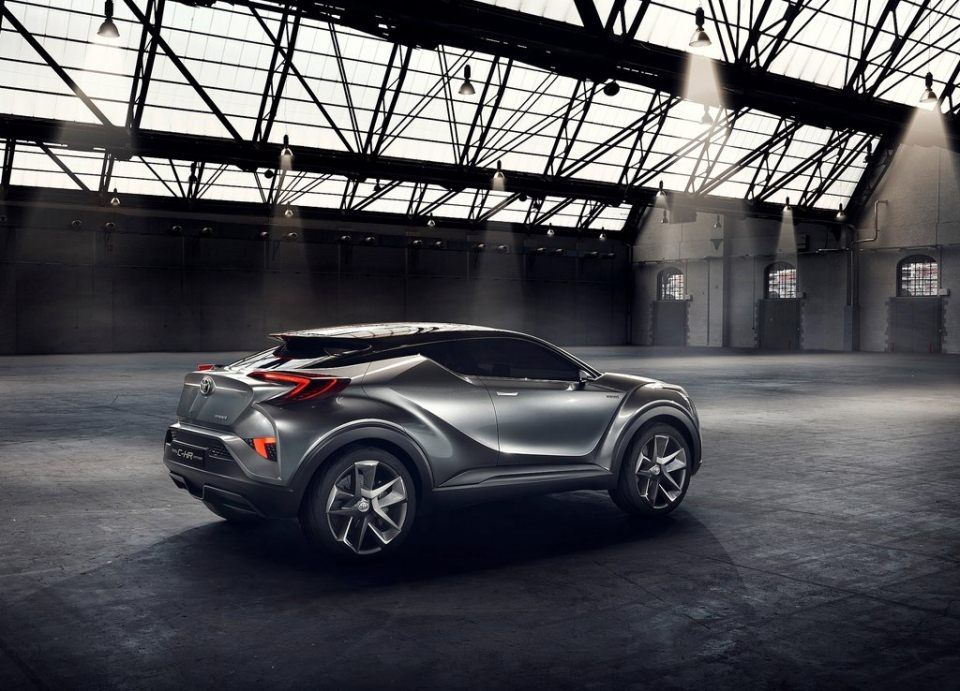Toyota'dan inanılmaz model: C-HR 1
