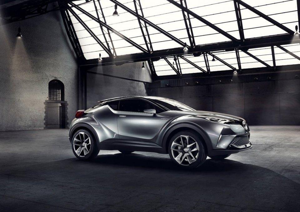 Toyota'dan inanılmaz model: C-HR 4
