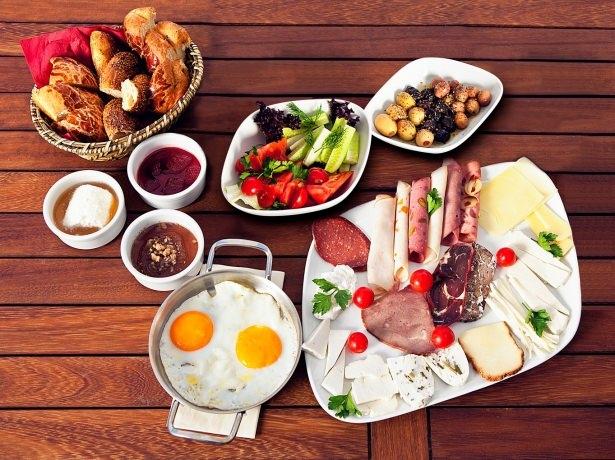 Kahvaltıda bunları yemeyin! 3