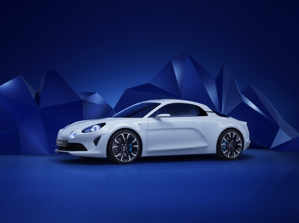 Renault, efsane modeli geri getiriyor 10
