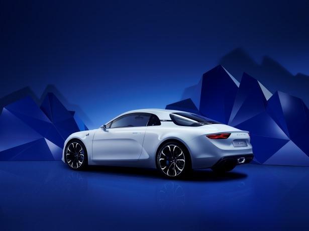 Renault, efsane modeli geri getiriyor 4