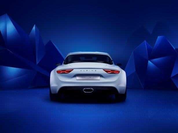 Renault, efsane modeli geri getiriyor 5