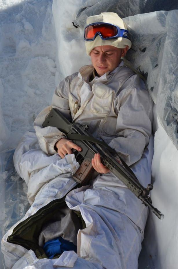 """""""Özel komando""""lar Ilgaz Dağı'nda kış eğitiminde 14"""