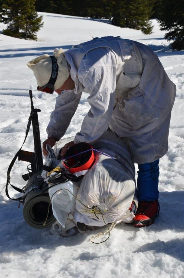 """""""Özel komando""""lar Ilgaz Dağı'nda kış eğitiminde 22"""