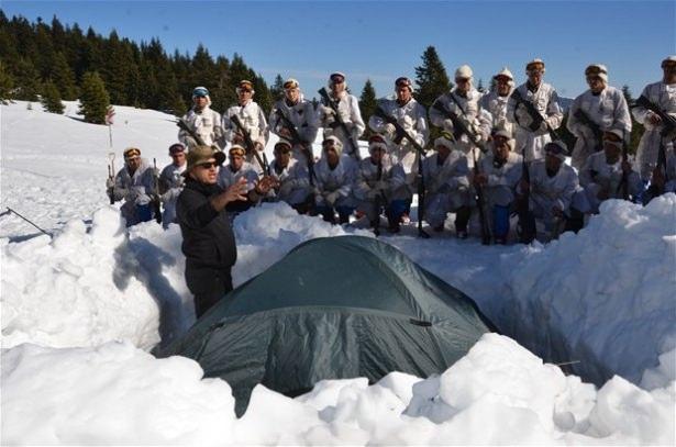 """""""Özel komando""""lar Ilgaz Dağı'nda kış eğitiminde 24"""