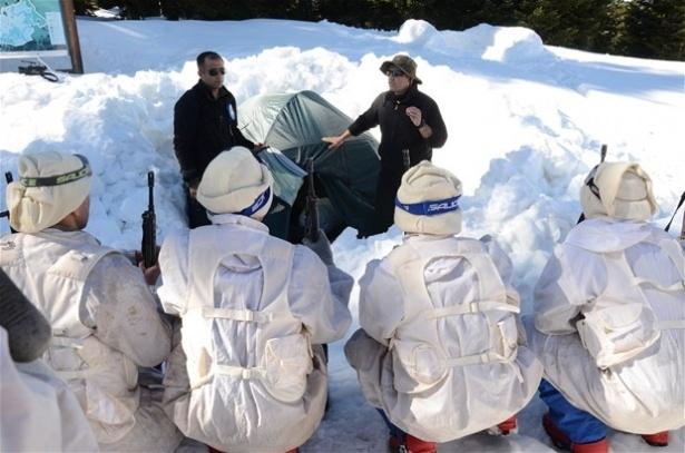 """""""Özel komando""""lar Ilgaz Dağı'nda kış eğitiminde 25"""