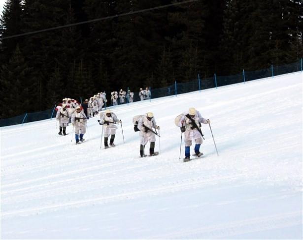 """""""Özel komando""""lar Ilgaz Dağı'nda kış eğitiminde 3"""
