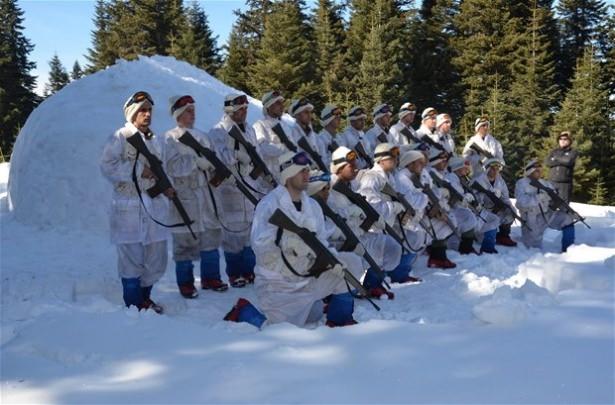 """""""Özel komando""""lar Ilgaz Dağı'nda kış eğitiminde 8"""