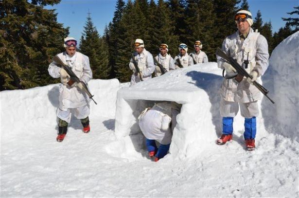 """""""Özel komando""""lar Ilgaz Dağı'nda kış eğitiminde 9"""