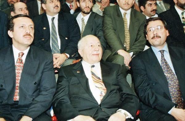 Vefatının 5. yılında Erbakan Hoca 12