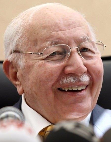 Vefatının 5. yılında Erbakan Hoca 56