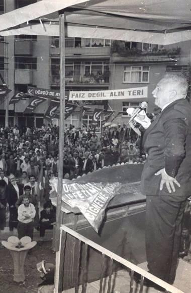Vefatının 5. yılında Erbakan Hoca 61