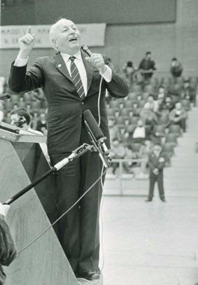 Vefatının 5. yılında Erbakan Hoca 63