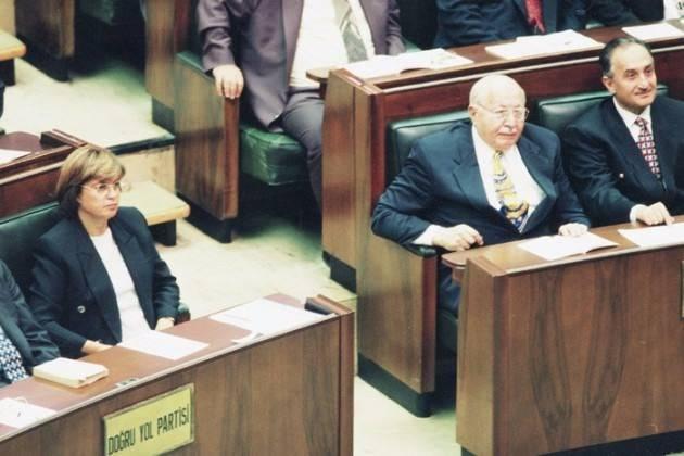 Vefatının 5. yılında Erbakan Hoca 80