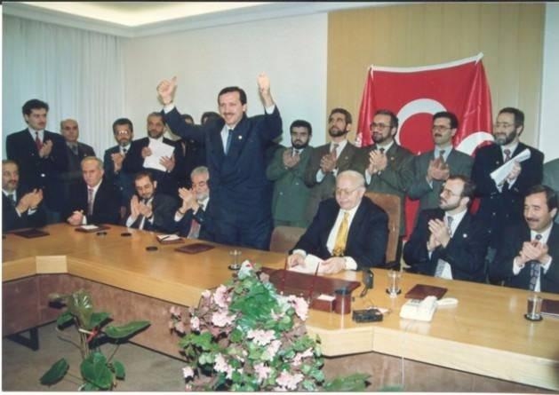 Vefatının 5. yılında Erbakan Hoca 98