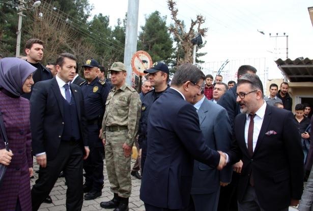 Başbakan Cuma namazını Silopi'de kıldı 15