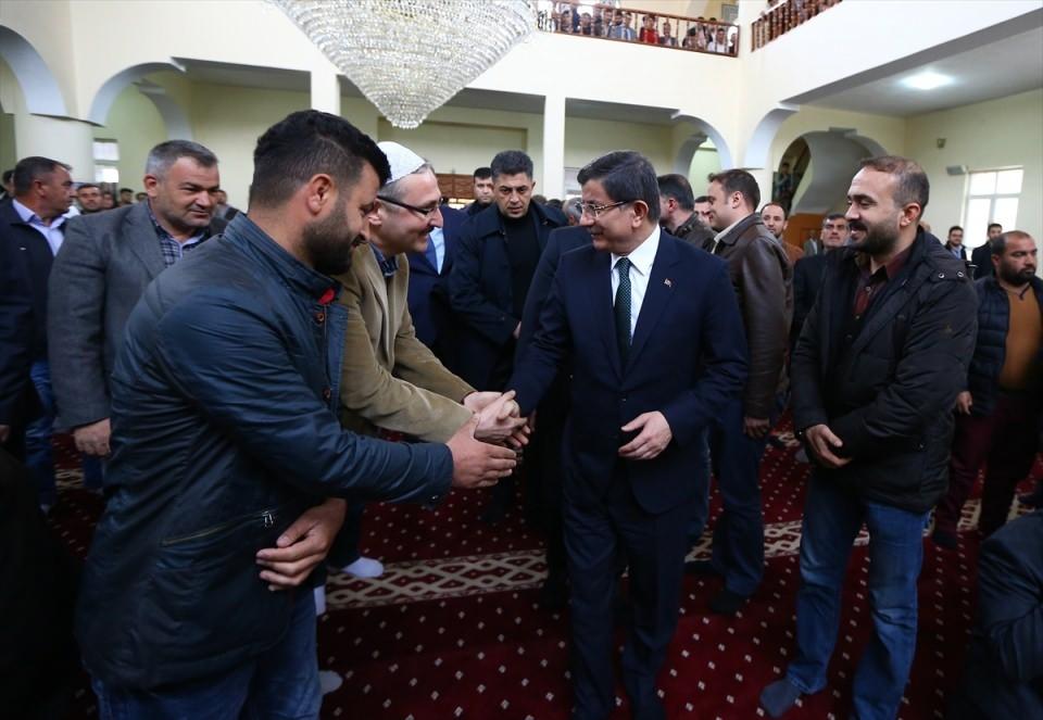 Başbakan Cuma namazını Silopi'de kıldı 2