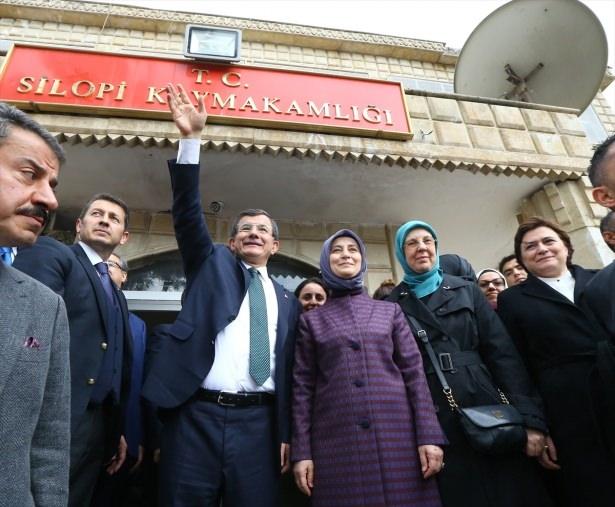 Başbakan Cuma namazını Silopi'de kıldı 26