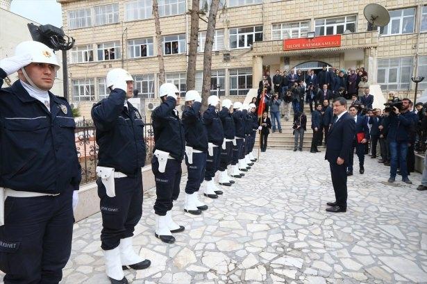 Başbakan Cuma namazını Silopi'de kıldı 27