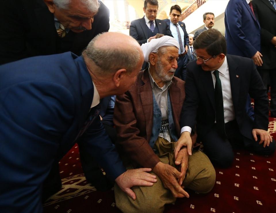 Başbakan Cuma namazını Silopi'de kıldı 3