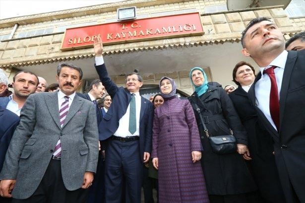 Başbakan Cuma namazını Silopi'de kıldı 32