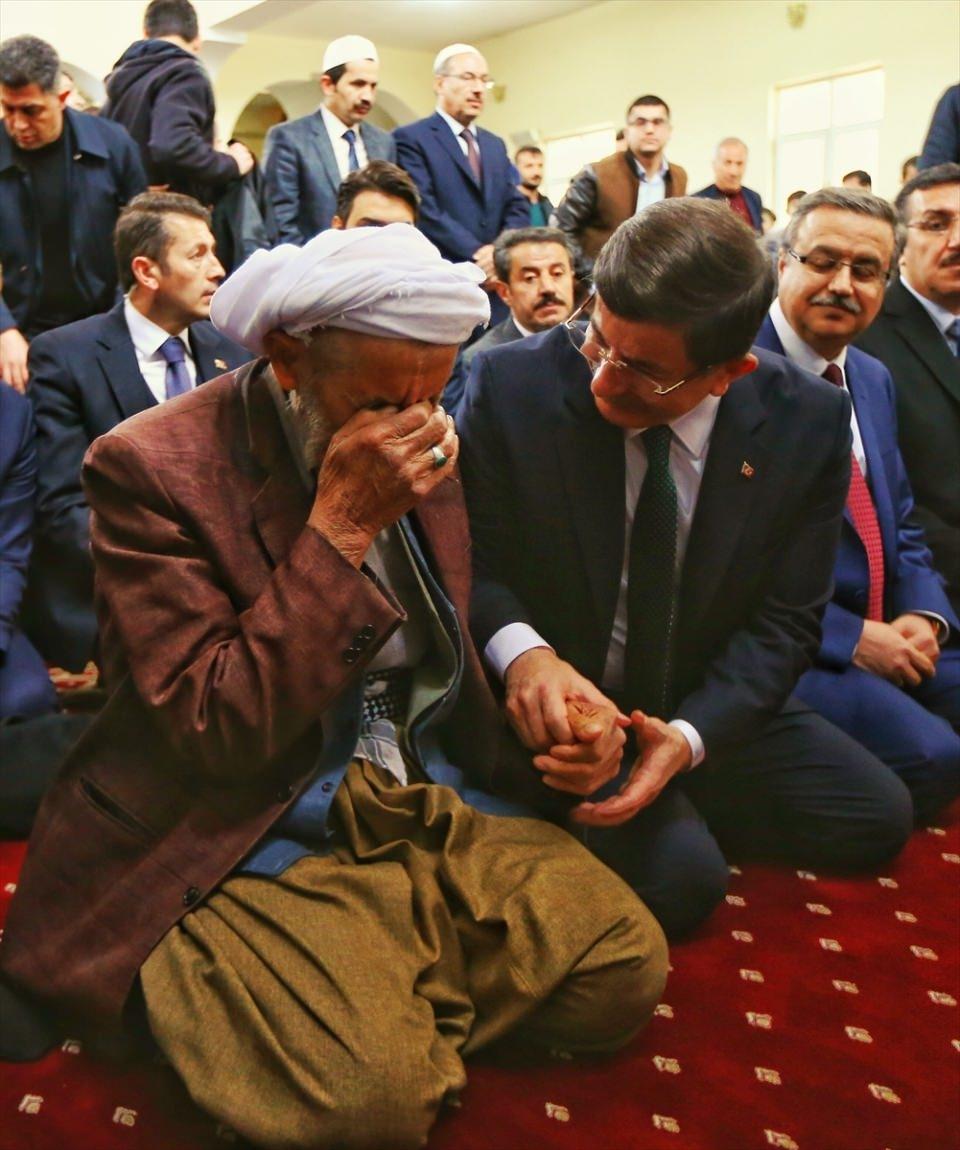 Başbakan Cuma namazını Silopi'de kıldı 4
