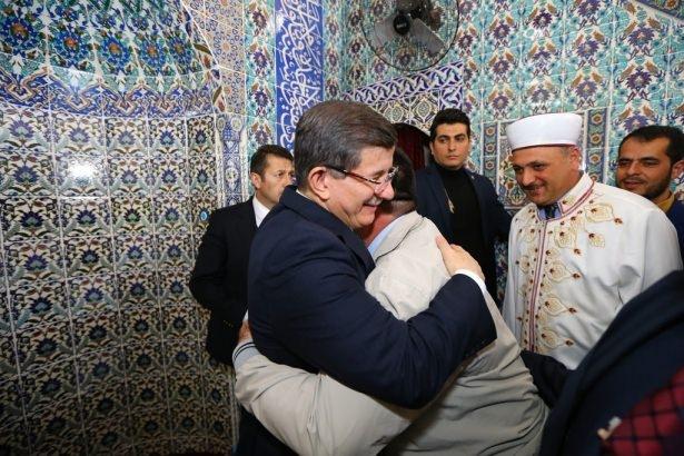 Başbakan Cuma namazını Silopi'de kıldı 7