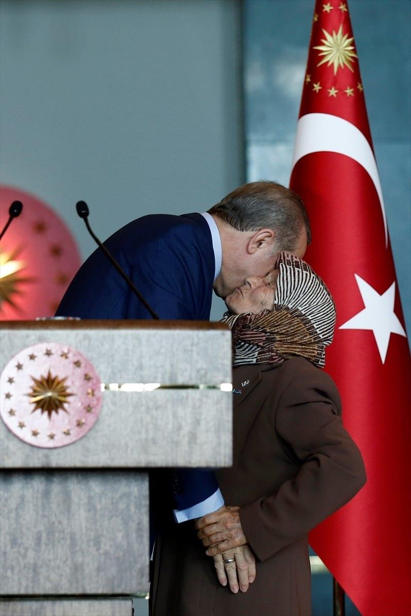 Erdoğan'dan 'Dünya Kadınlar Günü' resepsiyonu 6