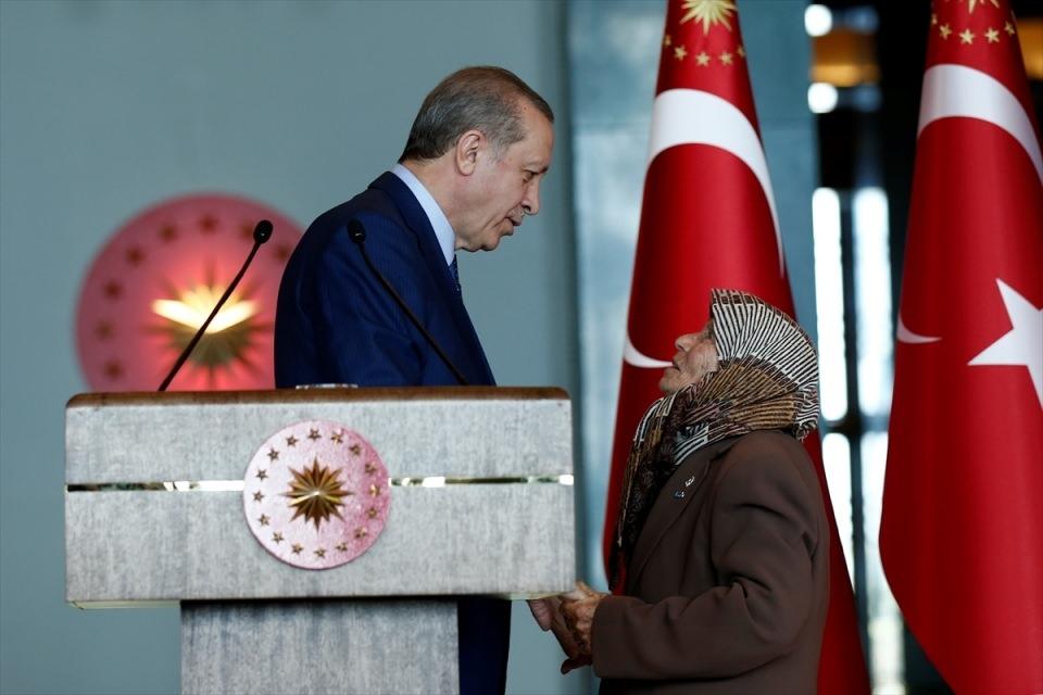 Erdoğan'dan 'Dünya Kadınlar Günü' resepsiyonu 8