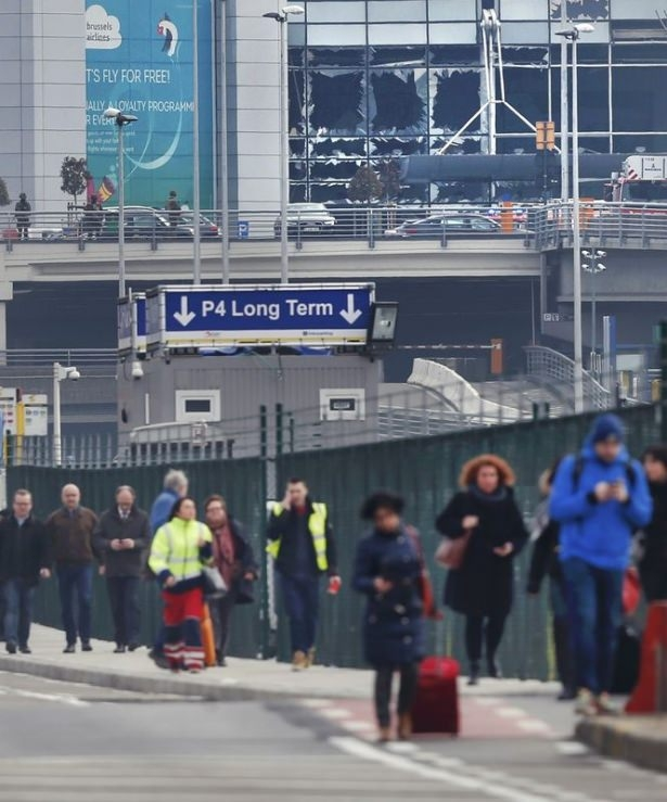 Brüksel Havalimanı'nda patlama 35