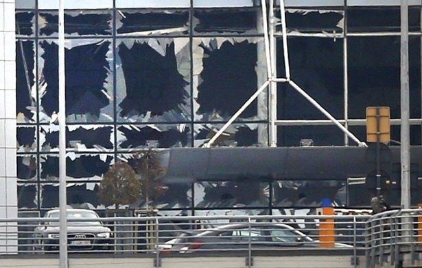 Brüksel Havalimanı'nda patlama 37