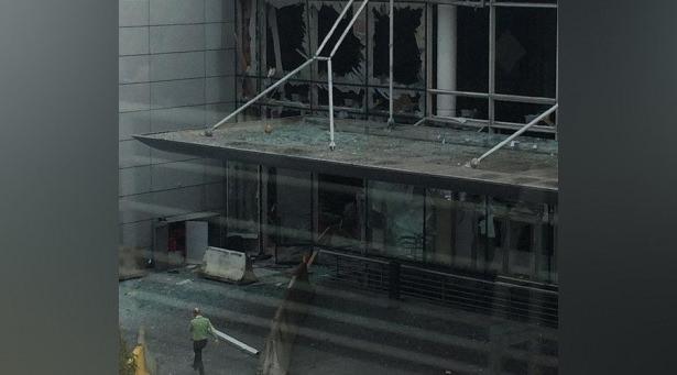 Brüksel Havalimanı'nda patlama 9