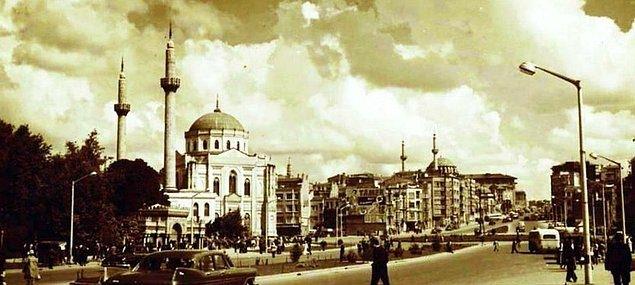 Karşılaştırmalı fotoğraflarla İstanbul'un dünü bugünü 24