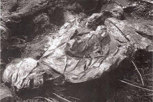 Srebrenitsa katliamının korkunç fotoğrafları 6